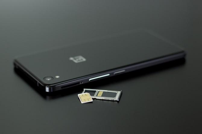 Arreglar la tarjeta SIM no aprovisionado error