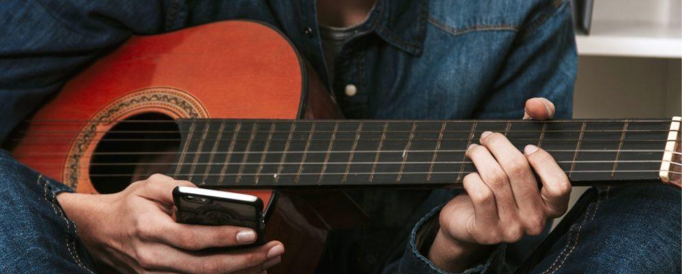 Las 10 mejores aplicaciones gratuitas para aprender a tocar la guitarra