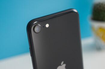 Los equipos de diseño de iPhone & iPad han desarrollado máscaras para los empleados de Apple