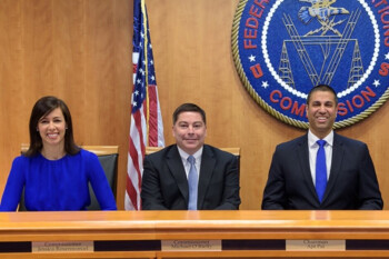 ZTE sigue siendo una amenaza para EE. UU. Dice la FCC
