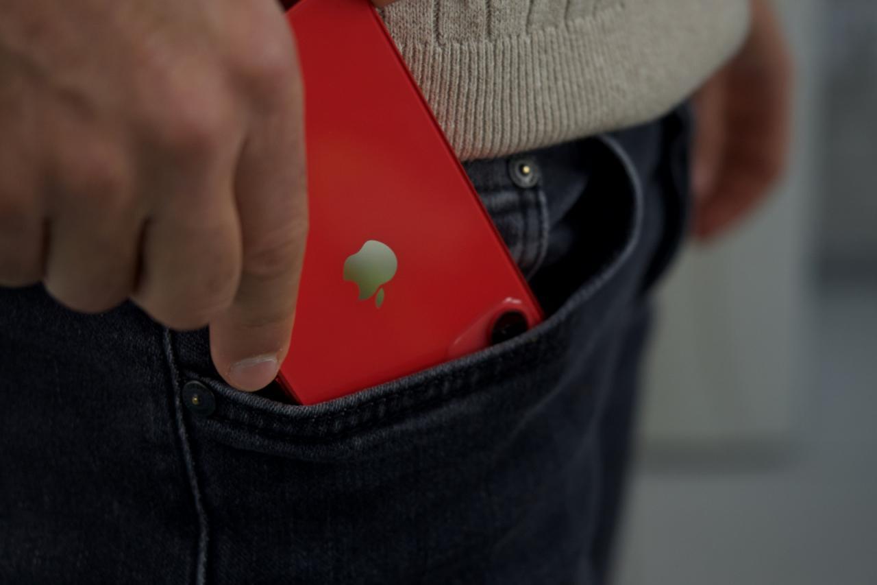 En busca del teléfono compacto perfecto: iPhone 12 mini