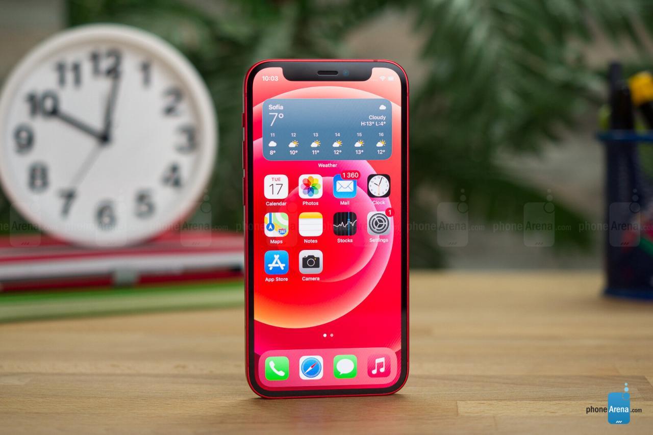 En todo caso, el iPhone 12 mini podría ser el que valga la pena. ¿Por qué debería reconsiderar la compra de un iPhone 12?