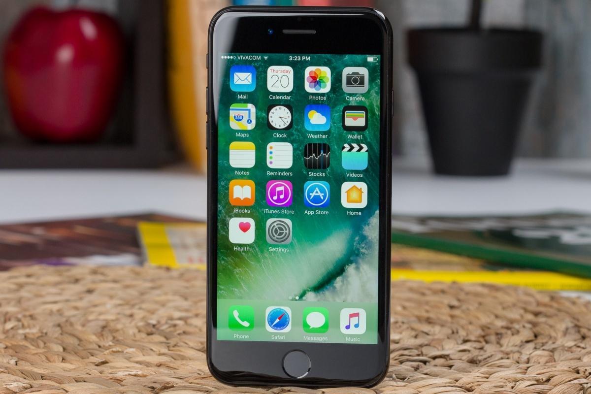 El iPhone 7 probablemente seguirá siendo el dispositivo más antiguo compatible con la última iteración de iOS en el otoño: el plan de Apple de eliminar el soporte de iOS 15 para tres iPhones populares gana terreno