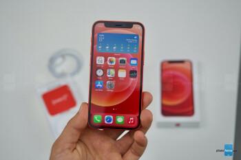 Apple supuestamente recorta la producción de su teléfono 5G más pequeño