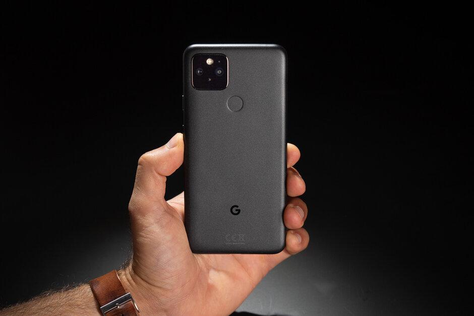 Los mejores teléfonos pequeños y compactos para comprar (2021)