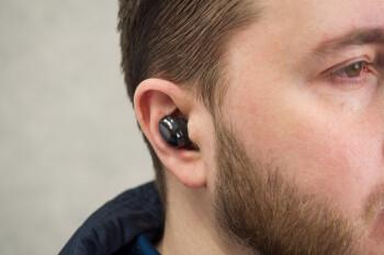 Cómo controlar el volumen en Galaxy Buds Pro con gestos táctiles