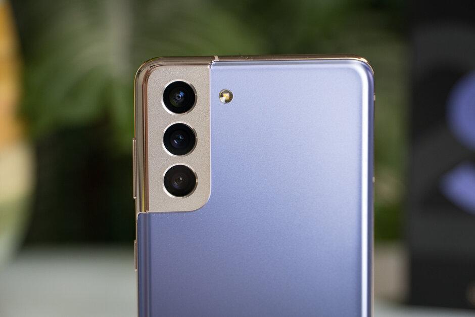 Samsung-Galaxy-S21-Review005.jpg