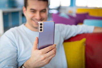 Review del Samsung Galaxy S21 +: el incómodo hijo del medio
