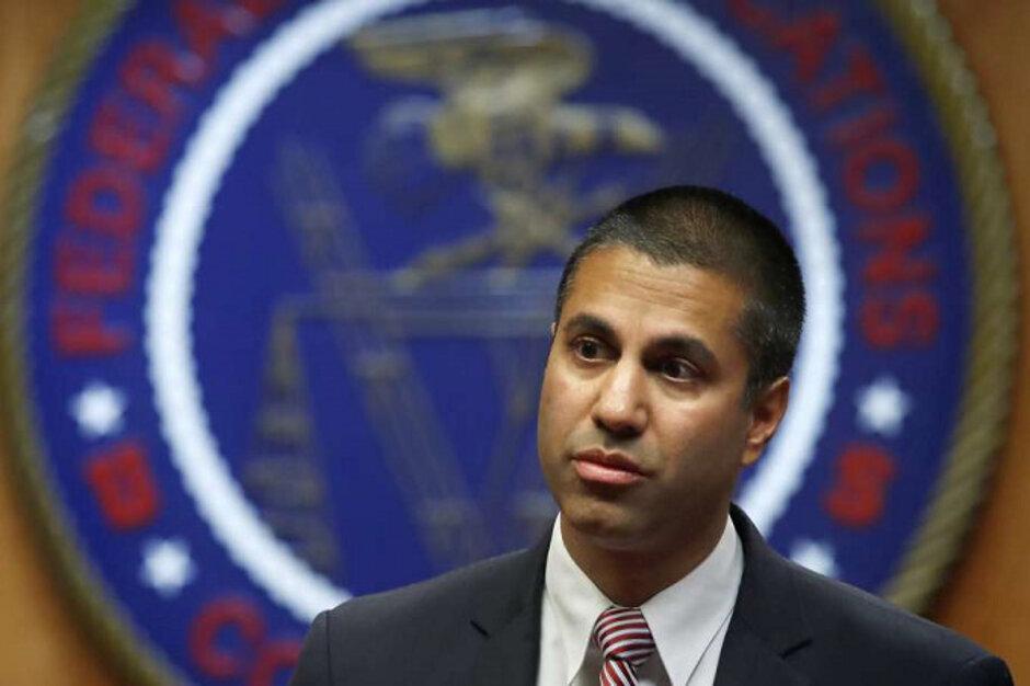 Ajit Pai, ex presidente de la FCC - Pai, ex presidente de la FCC, se ha ido; deja advertencias sobre posibles espías chinos
