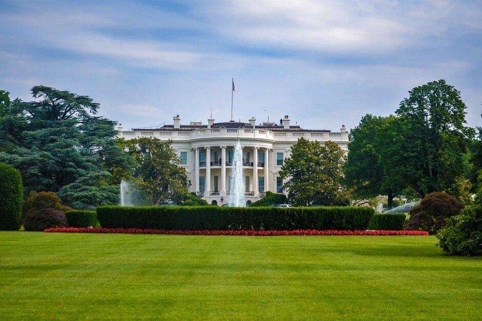 En un disparo de despedida a Huawei, el presidente Trump prohíbe a los proveedores estadounidenses recibir una licencia para realizar envíos a Huawei: Trump hace una última oportunidad para mutilar a Huawei antes de salir de la Casa Blanca esta semana