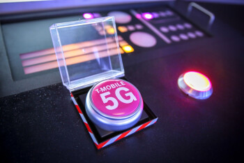 Vea el comercial de T-Mobile 5G que fue prohibido en el Super Bowl