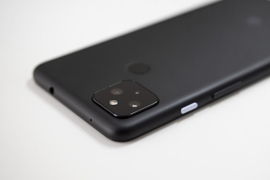 El Pixel 5a tendrá el mismo módulo de cámara que el Pixel 4a 5G (que se muestra aquí) - Google Pixel 5a vs Pixel 4a 5G: comparación inicial