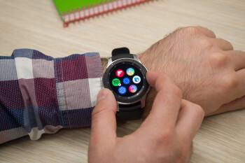 El envejecido Samsung Galaxy Watch obtiene una gran actualización nueva repleta de funciones de Watch 3