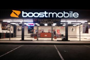 AT&T se queja de los anuncios 4G LTE y 5G de Boost y Xfinity
