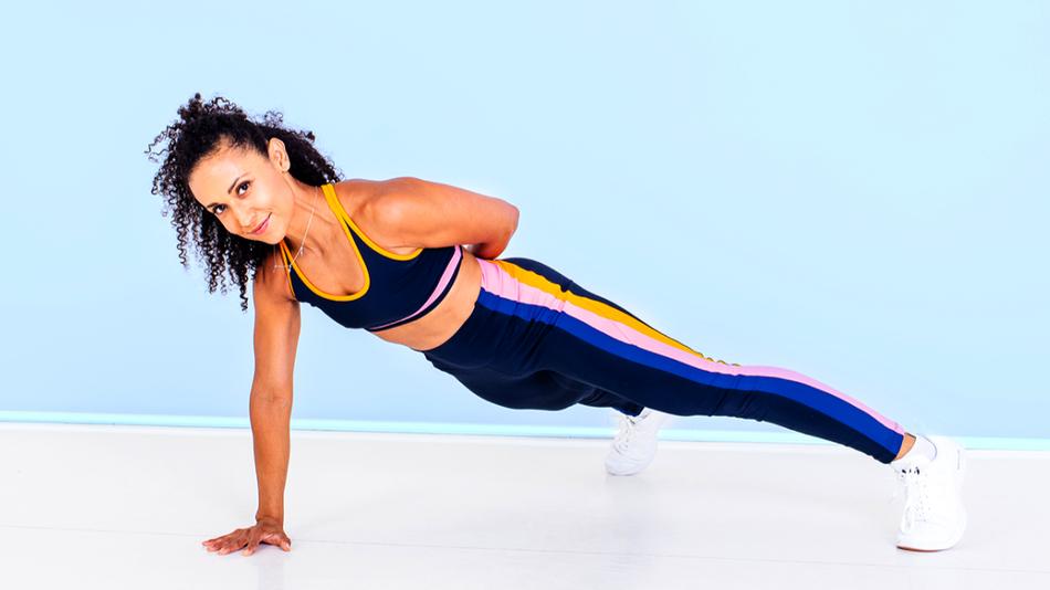 Sáltate el gimnasio y diviértete haciendo ejercicio en casa.