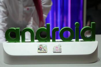 Android 12 DP2 muestra un tema oscuro más claro y un escáner de huellas dactilares en pantalla para Pixel 6