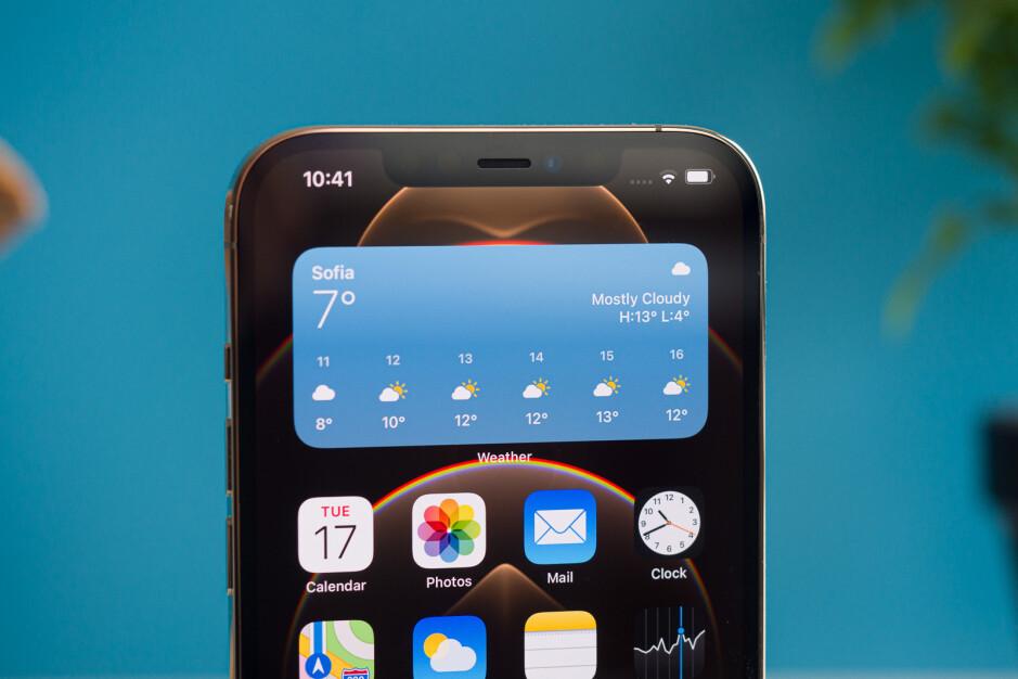 El iPhone 13 5G contará con una muesca más pequeña y una pantalla LTPO de 120Hz, dice Kuo