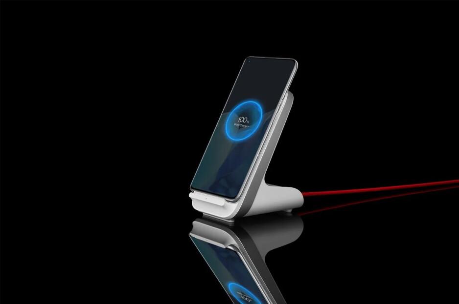 El cargador inalámbrico WARP de 50 W súper rápido de OnePlus: tiempos de carga insanos de OnePlus 9 Pro 5G puestos a prueba, el cable o inalámbrico más rápido de Estados Unidos