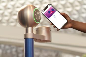 El Apple iPhone y Apple Watch pronto te darán acceso a los parques temáticos de Disney.