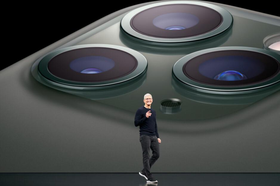El CEO de Apple, Tim Cook, dice que probablemente dejará Apple en algún momento durante los próximos diez años; el CEO de Apple, Tim Cook, dice que podría irse en algún momento durante los próximos diez años.