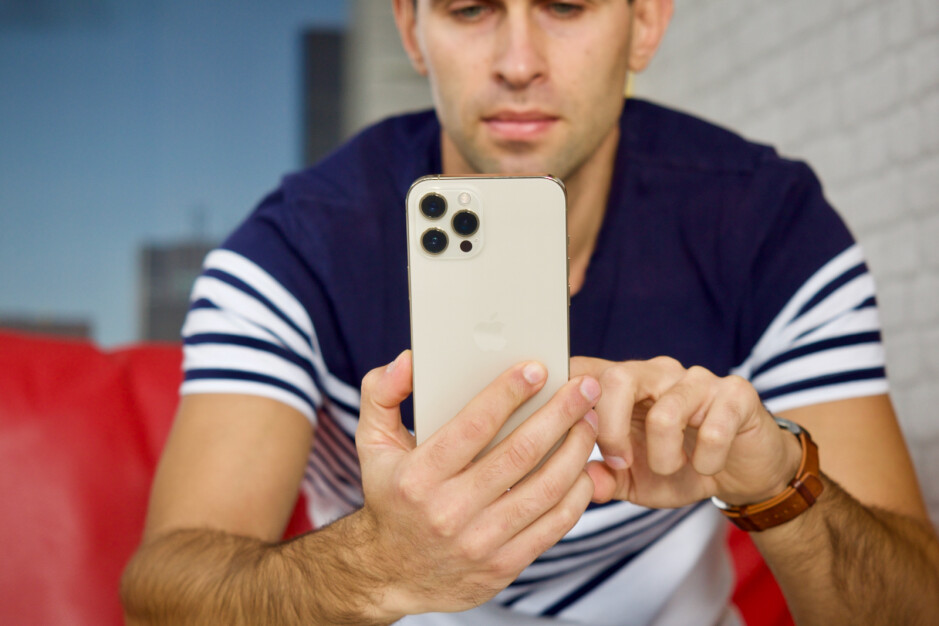 iPhone 12 Pro Max en blanco: los mejores teléfonos de AT&T para comprar en 2021