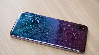 PSA: su teléfono no es resistente al agua y no será resistente al agua para siempre